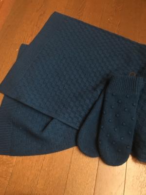 UNIQLO U【ラムニットグローブ】&【ラムニットスカーフ】