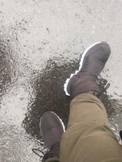 雨や雪の日はスニーカーブーツ♪