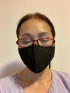 ダイソークールタオルで手作りマスク。