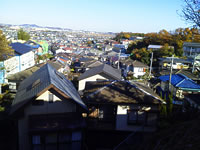 丘の上から見た真田の谷戸