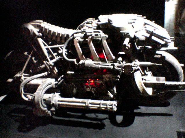 Moto-Terminator Tバイク モトターミネーター横転