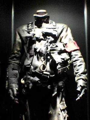 ジョン・コナーの戦闘服1全景