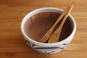 砥部焼・梅山窯:六寸五分ボウル(すり鉢)〈唐草〉