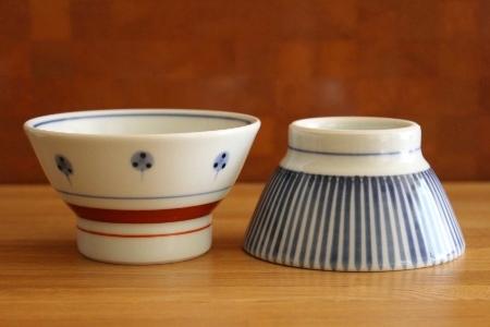 砥部焼・梅山窯:くらわんか茶碗・子ども〈たんぽぽ〉〈十草〉