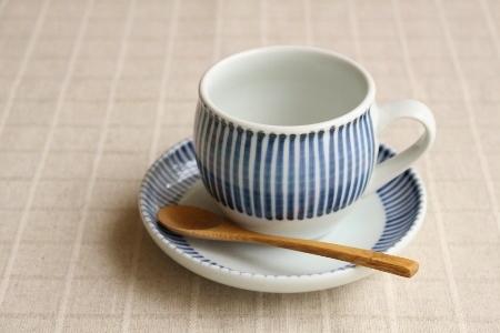 砥部焼・梅山窯:ミルクカップ〈十草〉