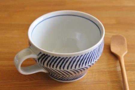 砥部焼・中田窯:スープカップ〈刷毛目〉
