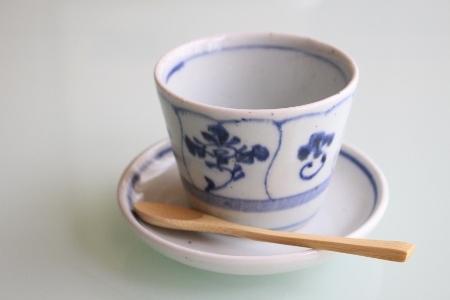 砥部焼・中田窯:そば猪口カップ・大〈なずな〉/四寸皿