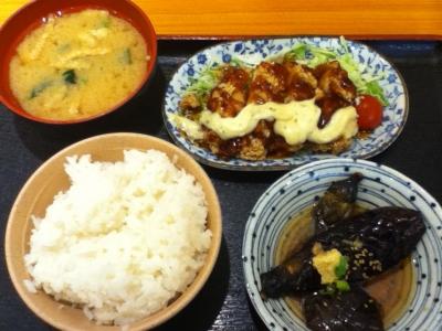 アラカルトww 合計 710円