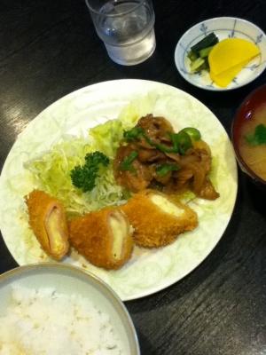 洋食日替り定食(ハムカツと生姜焼き) 850円