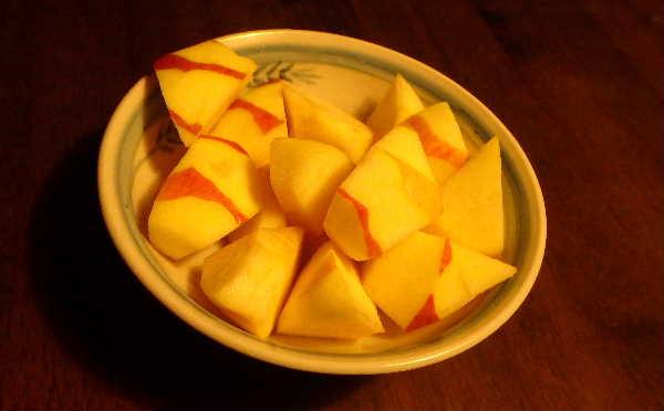 むいたリンゴ