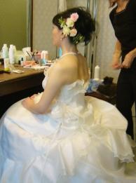 花嫁準備中