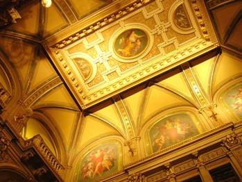 オペラ座豪華な天井
