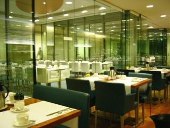andel's Hotel 朝食場所