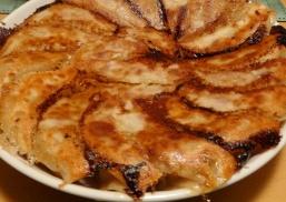 永楽製麺所の餃子の皮を使って