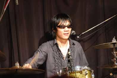 2007年04月27日の記事 | 大島賢...