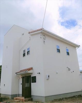 裾野駅近辺 新築見学会 オープンハウス 白いうち 赤い屋根 ナチュラルライフ 沼津店