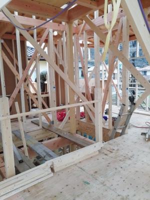 建築現場風景 階段 大工職人 上棟 骨組み