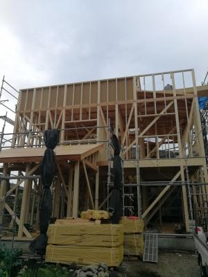 新築住宅 上棟 骨組み 在来工法