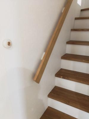 アメリカンスイッチ 階段 塗装 手摺り 2世帯住宅 新築 建築