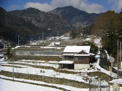 竹地区棚田百選の雪景色