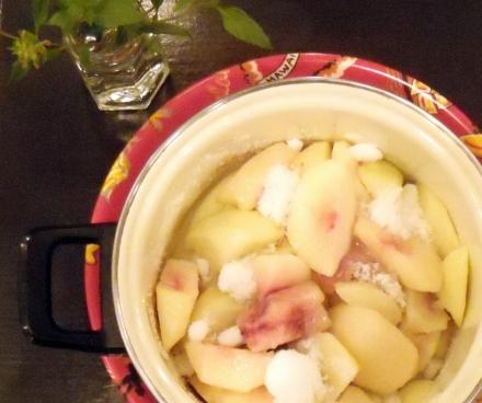 s-2010 Sep 19 peach&REPO&flowers&ルポ悼み 006.jpg