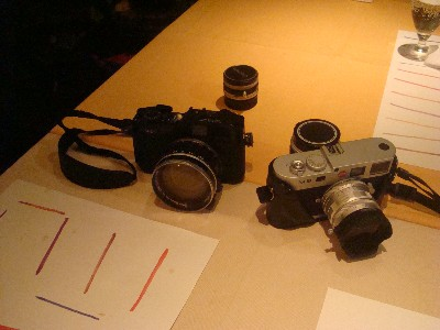 二台のカメラ