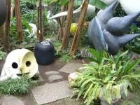 庭にもかわいいモニュメント
