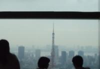窓からは東京タワー