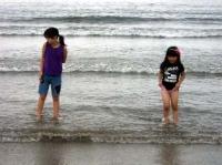 海岸の子供たち