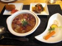 豆と野菜とソーセージの煮込みセット