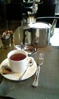 大きな紅茶ポット