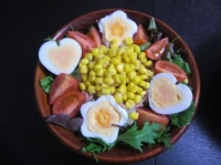 卵がかわいいニース風サラダ