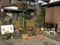 お庭のような用田店