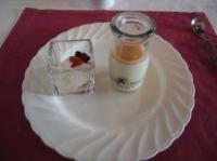 リンゴノブランマンジェとヨーグルトソルベ