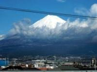 新富士駅から見える富士山
