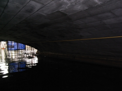 日本橋の下