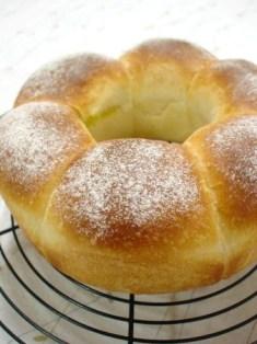 クリームパン。(エンゼル型)