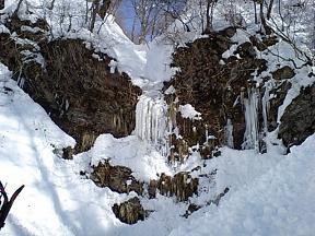 凍った滝・・