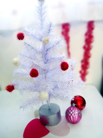 100均グッズ活用でクリスマスの飾り付け