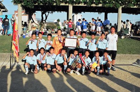 祝 優勝 大村小玖島城サッカースポーツ少年団