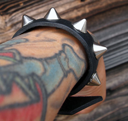 barkboxconical-wrist-2.jpg