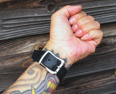 barkboxconical-wrist-1.jpg
