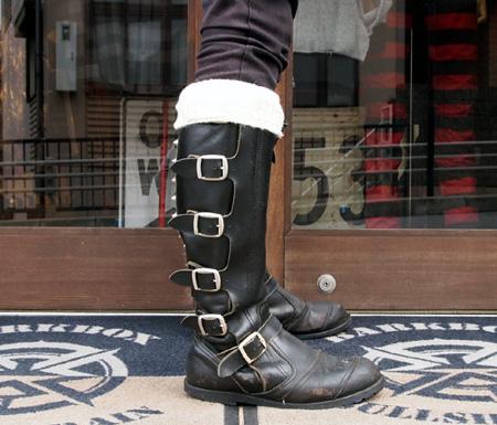 goldtop-socks-model-4.jpg