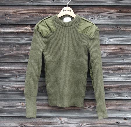 blog-ukarmysweater-5.jpg
