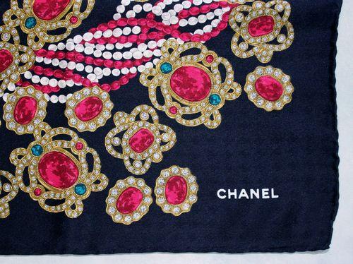 78d5258833f CHANEL-Vintage Foulard(Scarf)