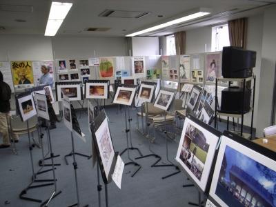 公会堂写真展の準備