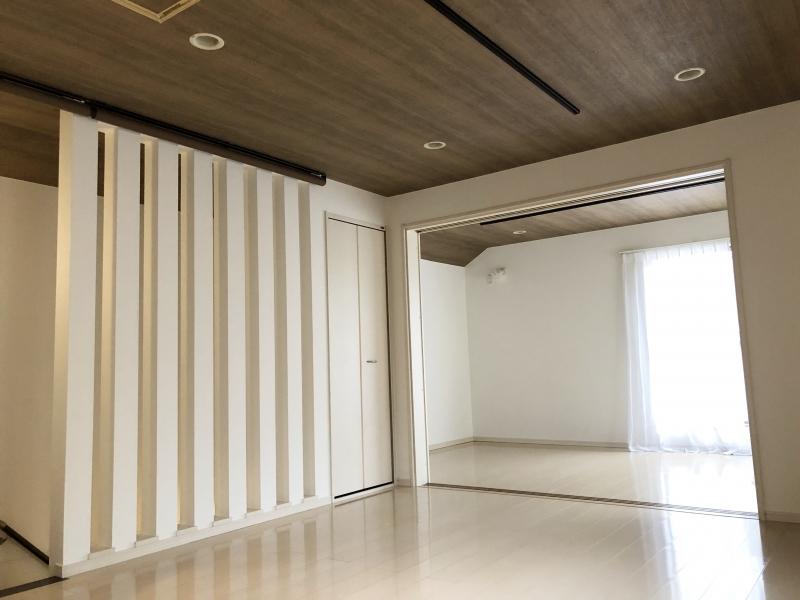 天井 壁紙