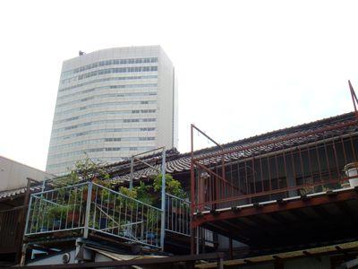 国際センターの裏路地
