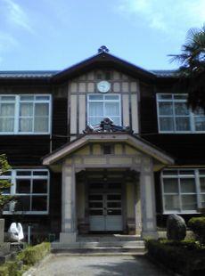米原、古い学校