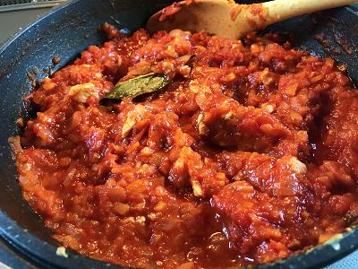 トマト缶で2